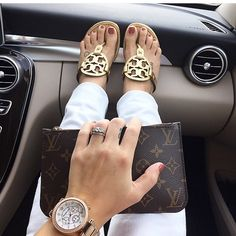 Shop Women's Tory Burch Gold size 10 Sandals at a discounted price at Poshmark. Tory Burch Sandals, Gold Sandals, Sandals Outfit Summer, Summer Outfits, Henna Designs, Blue Toes, Black Girl Fashion, Miller Sandal, Cute Shoes