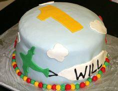 Airplane birthday cake. Photo by Flickr/chimothy27
