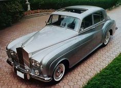 Ships Worldwide , Find Complete Details about 2019 Rolls Royce Phantom Luxury Car. Ships Worldwide,Rolls Royce,Phantom,Turbo Led Lighting from Supplier or Manufacturer-North American Global Exchanges Rolls Royce Limousine, Rolls Royce Cars, Rolls Royce For Sale, Vintage Cars, Antique Cars, Vintage Shoes, Classic Rolls Royce, Bentley Rolls Royce, Rolls Royce Silver Cloud