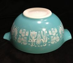 Lot of 2 Pyrex Amish Butter Print Bowls   eBay