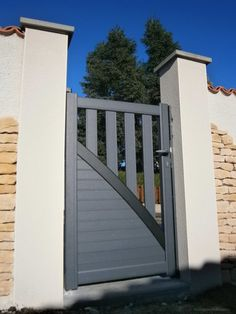 Gate Wall Design, Grill Gate Design, House Main Gates Design, Steel Gate Design, Front Gate Design, Window Grill Design, Unique House Design, Fence Design, House Front Gate