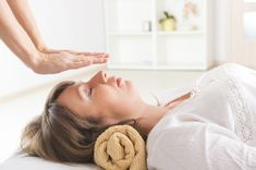 4 Ways to Introduce Yourself to Holistic Health at the Spa