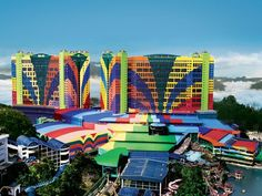 Genting Highlands Resorts World Genting - First World Hotel Malaysia, Asia Resorts World Genting - First World Hotel is a popular choice amongst travelers in Genting Highlands, whether exploring or just passing through. The hotel offers a wide range of amenities and perks to ensure you have a great time. Casino, 24-hour front desk, express check-in/check-out, luggage storage, car park are there for guest's enjoyment. Television LCD/plasma screen, slippers, sofa, towels, teleph...