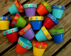 Mothers Day Crafts For Kids Discover Painted Flower Pots - Small Flower Pots - Kids Events - Succulent Planters - Seed Planting Party Flower Pot Art, Small Flower Pots, Flower Pot Design, Clay Flower Pots, Flower Pot Crafts, Clay Pot Crafts, Clay Pots, Cactus Flower, Painted Plant Pots