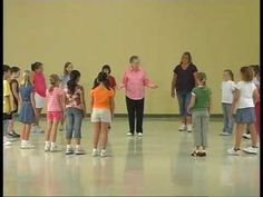 Beginning Folk Dances with Phyllis Weikart. These videos are from a collection of folk dances taught by Phyllis S. Weikart, one of the country's leading auth. Dance Games, Dance Music, Singing Games, Kindergarten Music, Teaching Music, Dance Lessons, Music Lessons, Orff Activities, Movement Activities