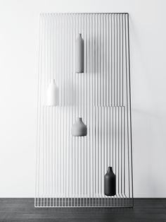 Schwebezustand: Regal »Field« von Dmitry Kozinenko