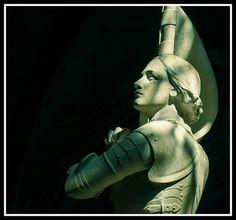 Sainte Jeanne d'Arc - (Eglise N.D. de Boiscommun) . Centre