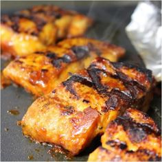 Grillezett afrikai harcsa burgonyával, citromos majonézzel recept - Okoskonyha.hu Tandoori Chicken, Ricotta, Healthy Life, Grilling, Pork, Food And Drink, Meals, Ethnic Recipes, Halloween