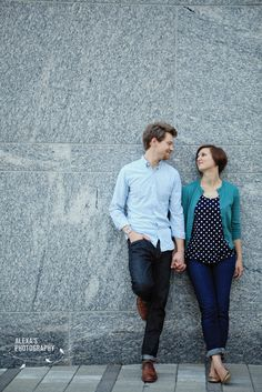 spring engagement photos what to wear - Google Search