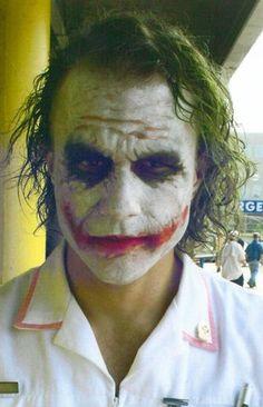 Dark Knight' Never-Before-Seen Heath Ledger Set Photos the joker nurse. Joker Heath, Joker Batman, Joker Y Harley Quinn, Joker Art, Heath Ledger Joker Makeup, Heath Leadger, Joker Pics, Gotham Batman, Batman Robin