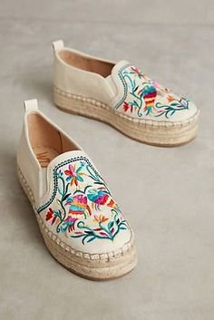 e0204779b6ea 8 Awesome Cheap Gucci Shoes Italy Outlet Online images