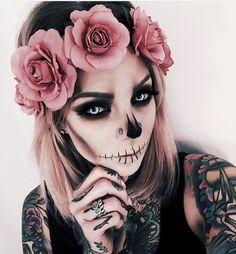 Pertty skull makeup