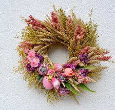 z+pšenice+...jarní+věneček+věneček+z+pšenice+a+řeřichy,+dozdoben+husím+vajíčkem,+tulipány,+jarními+květinami,+sušinou....+/průměr+35cm/