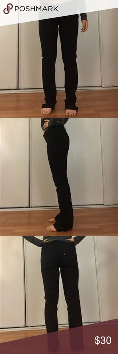 "NWOT - Levi's Black Skinny/Straight Leg Jeans Size 27 with 34"" inseam. True to size, nice thick, comfy fabric. True to size, never worn! Levi's Jeans Skinny"
