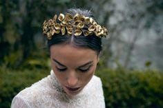 Tocados, coronas y velos de novia // Bridal headpieces, crowns & Veils…