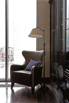 Фотография: Мебель и свет в стиле , Дом, Дома и квартиры, светлое помещение, большая квартира, большое пространство – фото на InMyRoom.ru