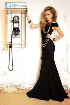 black-tie Cara Delevingne for Dsquared2