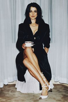 Rachel Weisz (born on 7 March 1970 in London) is an English actress married to Daniel Craig Her parents were Jewish refugees. Beautiful Celebrities, Beautiful Actresses, Gorgeous Women, Beautiful People, Rachel Weisz, Yasmina Rossi, Daniel Craig, Monica Bellucci, Looks Style