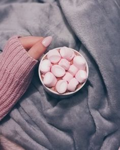 #marshmallow #hotchocolate #home #nails #pinknails #diy