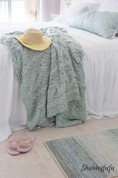 How to decorate for spring with robins egg blue accents. Coastal decorating at the beach house.