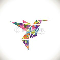 Humming bird symbol with colorful geometric graphic in triangle concept isolated white background, vector illustration Origami Hummingbird, Origami Shapes, Geometric Graphic, Geometric Animal, Bird Logos, Bird Illustration, Stock Foto, Free Vector Art, Animal Design