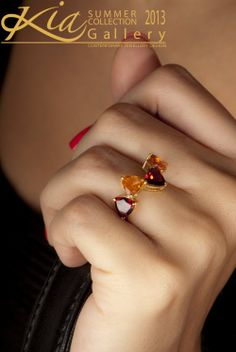 wooow,this is so chic Perfume, Stone Rings, Gold Rings, Brooch, Chic, Crafts, Jewelry, Gallery, Accessories
