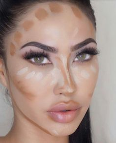 "Tarte Cosmetics: contours with our contour concealer in ""light"" and ""light-medium""! Light Contouring, Nose Contouring, Contour Makeup, Contouring And Highlighting, Face Makeup, Make Up Tutorial Contouring, Makeup Tutorial For Beginners, Beauty Make-up, Beauty Hacks"