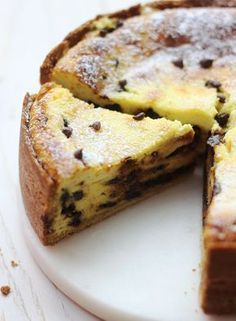 Tarte italienne ricotta & pépites de chocolat A delicious torta with fresh cheese, vanilla and chocolate, to taste for afternoon tea … Sweet Recipes, Cake Recipes, Dessert Recipes, Italian Desserts, Italian Recipes, Nutella Wallpaper, Ricotta Torte, Chocolate Chip Recipes, Chocolate Chips