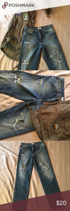 Forever 21 mom/wedgie jeans Like Levi wedgie jeans. Hardly worn, excellent condition. Super flattering. Forever 21 Jeans Boyfriend