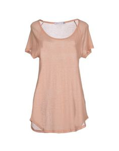 SEE BY CHLOÉ T-shirt. #seebychloé #cloth #dress #top #skirt #pant #coat #jacket #jecket #beachwear #