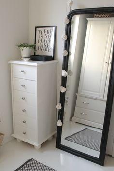 Villaa ja vaniljaa Hallways, Entrance, Sweet Home, Villa, Vanity, Mirror, Photos, Inspiration, Furniture