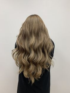 #hair #haircolor #haircolorsideas #hairhighlights Hair Highlights, Haircolor, Blonde Hair, Long Hair Styles, Beauty, Hair Color, Highlights For Hair, High And Low Lights, Long Hairstyle