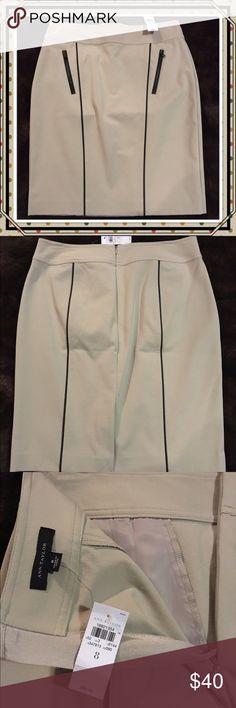 🎉🎉HOST PICK🎉🎉 Ann Taylor Pencil Skirt NWT Tan pencil skirt with pockets Ann Taylor Skirts Pencil