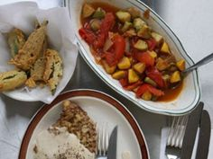 Stewed Squash and Tomatoes