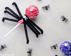Cutest spiders ever are lollipop spiders!