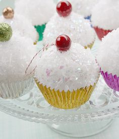 cupcake ornaments christmas: So cute and easy! Love.