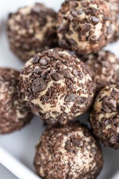 If you are looking for Keto snack ideas or Keto desserts, Keto fat bombs are the perfect low carb dessert! These 65 insanely delicious keto fat bombs are sure to have you enjoying your next keto approved snack! Keto Cheesecake, Chocolate Cheesecake, Low Carbohydrate Diet, Low Carb Diet, Low Carb Bake, Keto Desserts, Keto Snacks, Quick Keto Dessert, Dessert Recipes