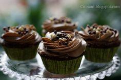 Cupcakes de Chocolate y Buttercream de Nutella Nutella, Desserts, Food, The World, Chocolate Cupcakes, Pastries, Food Recipes, Sweet Treats, Tarts