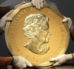 World's Largest Gold Coin - 24k Gold Bullion Canadian Gold Maple Leaf ...