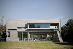 Concrete House Design Ideas - http://uhousedesignplans.com/concrete-house-design-ideas/