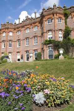 Sunny summer day at Hughenden Manor NT/Jaf_in_the_box