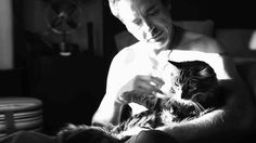robert downey jr and friend @Jennifer Milsaps  does this make you like cats?