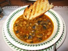 Tuscan White Bean Soup with Mushrooms and Fennel by Good Dinner Mrs Mellen [BlogHer]