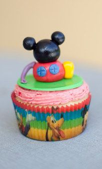MIckey Mouse Clubhouse Cupcake Fondant by ClaudiaCupcakeLady