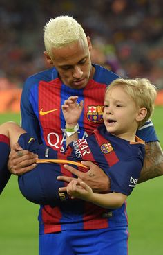Ney & Davi at Camp Nou before the match Barcelona vs Alaves 10/09/2016