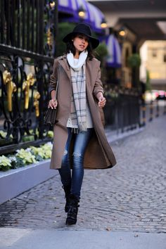COZY LAYERS @nordstromrack trench coat & scarf #NordstromRack #ad