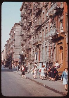 vintage everyday: Old New York in Colour Photographs, 1942