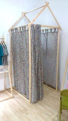 Shop Fitting Room, Dressing Room, Changing Room, Retail Fitting – Fitness And Exercises Dressing Room Decor, Dressing Room Design, Dressing Rooms, Portable Dressing Room, Clothing Store Design, Clothing Store Displays, Boutique Decor, Garage Boutique, Clothing Boutique Interior