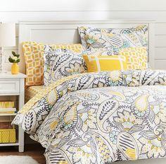 paisley duvet cover http://rstyle.me/n/mnt26pdpe