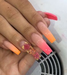 In search for some nail designs and some ideas for your nails? Here is our list of must-try coffin acrylic nails for modern women. Aycrlic Nails, Bling Nails, Coffin Nails, Summer Acrylic Nails, Best Acrylic Nails, Pastel Nails, Nail Swag, Orange Ombre Nails, Nagel Bling